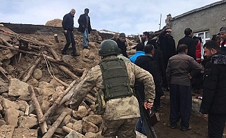 İran'daki deprem Van'ı vurdu!