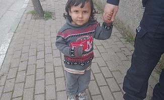 Kaybolan küçük Adem'in imdadına  polis yetişti