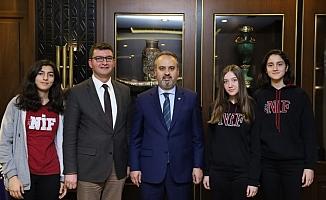 Öğrencilerden Başkan Aktaş'a teşekkür ziyareti