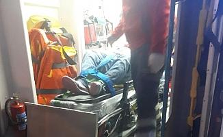 Balıkesir'de yolcu minibüsü  kamyonla çarpıştı: 7 yaralı