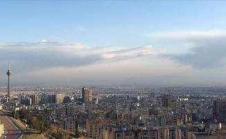 İran'dan 'kağıt para kullanmayın' çağrısı
