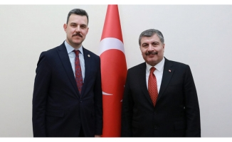 Mustafa Esgin'den CHP'ye hastane eleştirisi