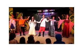 Bursa'da tiyatro şöleni Açık Hava'da