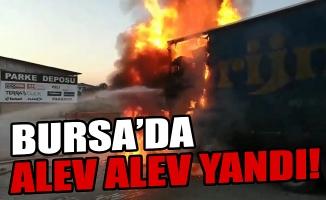 Bursa'da mobilya yüklü kamyon alev alev yandı