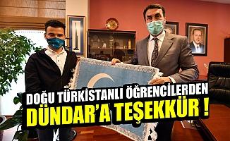 Doğu Türkistanlı öğrencilerden Bursa Osmangazi Belediye Başkanı Dündar'a teşekkür