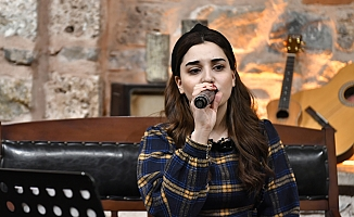 Genç Müzik, Evlere Konuk Oluyor