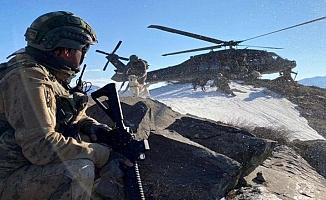 Irak'ın kuzeyinde PKK'ya havadan ve karadan operasyon