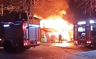 Restoran alev alev yandı