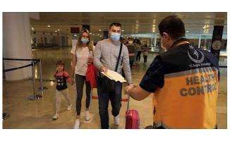 40 günde 234 bin turistin geldiği havalimanında Covid-19 tedbirleri