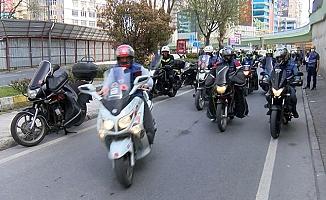 Motokuryeler, İpek Hattat'ın adli kontrol tedbirinin kaldırılmasını protesto etti
