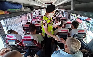 Antalya'da jandarmadan karekodlu emniyet kemeri video uygulaması