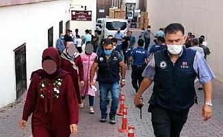 FETÖ'nün polis eşlerinden sorumlu 'mahrem imam'larına operasyon