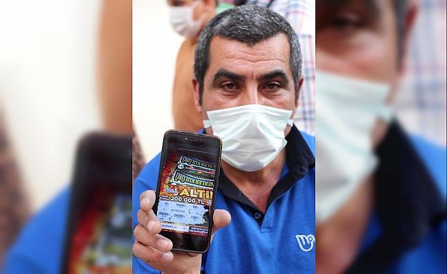 5 liralık kazı kazanla 200 bin lira kazandı, gezici bayinin uyarısıyla fark etti