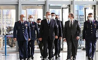 Bakan Akar, NATO Savunma Bakanları Toplantısı için Brüksel'de