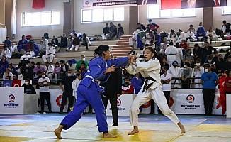 Denizli'de Cumhuriyet Kupası Judo Turnuvası'nın 5'incisi yapıldı