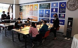 Eğitim kurumundan Diyarbakır'da 'yeni nesil kütüphane'
