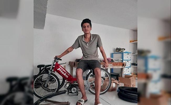 Motosiklet direğe çarptı: 17 yaşındaki Cihan öldü, arkadaşı yaralı