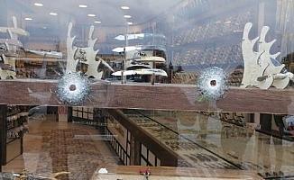 Trabzon'da oda başkanını iş yerine silahlı saldırı; olay anı kamerada