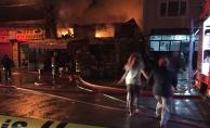 Bursa'da iş yerinin yandığını öğrenen adam, çıplak ayak koşarak geldi
