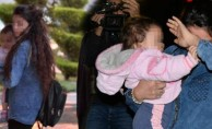 Bebeğini satmak isteyen anne gözaltına alındı