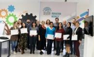 Bursa'da İnovasyon Merkezi eğitime devam ediyor