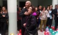 Kanseri yenen öğretmene öğrencilerinden duygu yüklü karşılama
