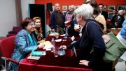 Yazar Buket Uzuner Bursalı okurlarıyla buluştu