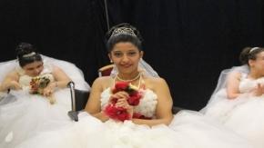 Bursa'da engelli genç kızların gelinlik hayali gerçek oldu